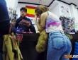Alexa Nasha y Nick Moreno se lo montan en el probador de una tienda de chinos 12