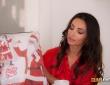 Alyssia Kent debuta en CumLouder follándose a Papa Noel 3
