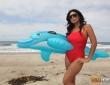 Anal de Cassandra Cruz en la playa 2