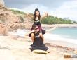 Apolonia y Bruce Venture se lo montan en la playa 1