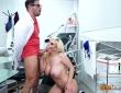Blondie Fesser en la consulta de Nick Moreno 6