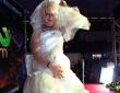 Nora Barcelona y Rat Penat en su noche de bodas 8