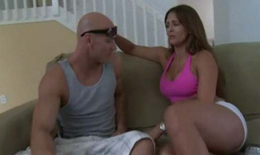 Monique Fuentes y Johnny Sins en una follada