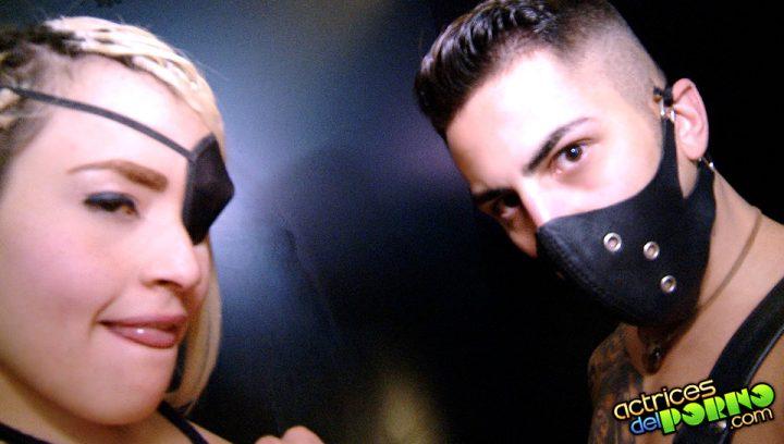 Alejandro Mango teniendo sexo con Carla Pirata