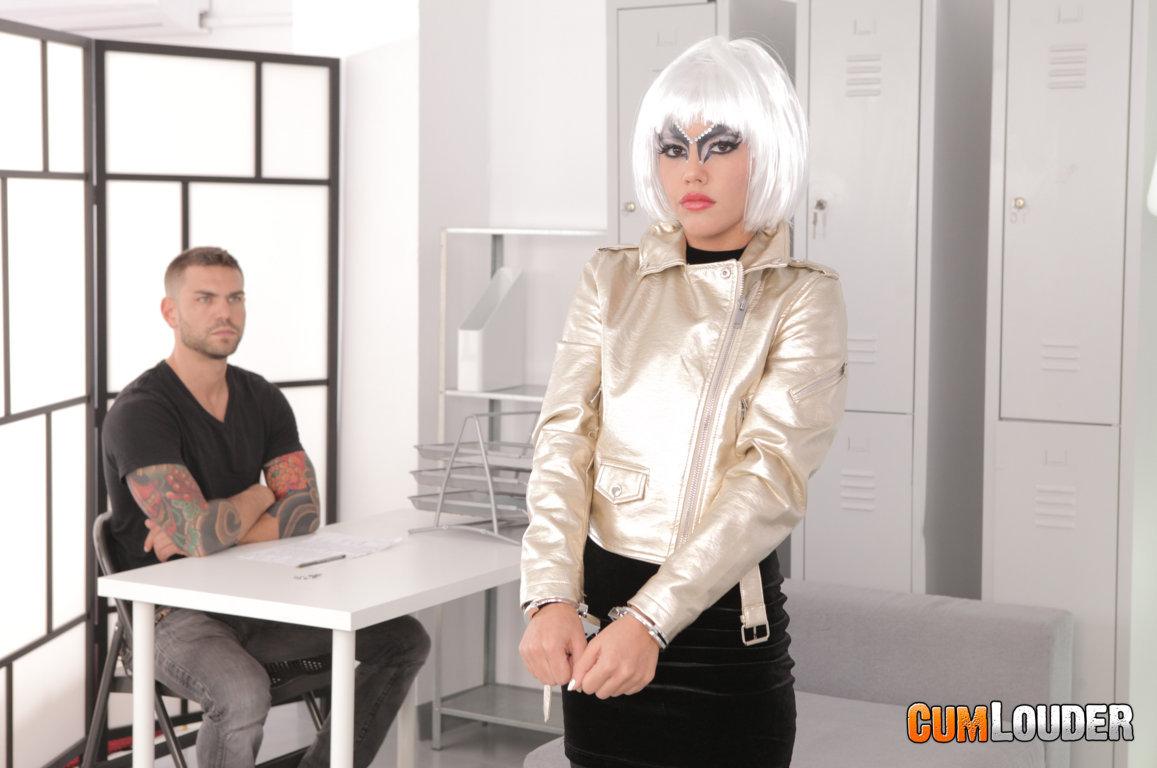 Apolonia El Sexbot